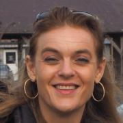 Véronique DOMINGUEZ